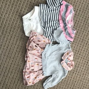 Baby GAP girls 0-3 months 2 outfits